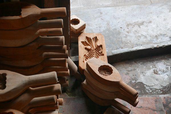 Khuôn gỗ làm bánh trung thu ở đâu