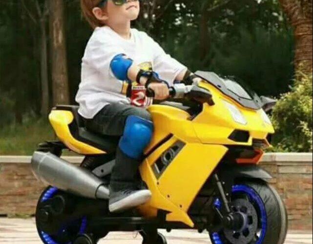 Tại sao nên mua xe máy điện cho trẻ em?