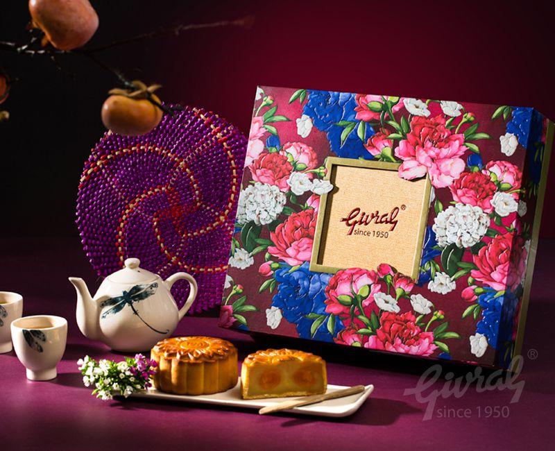Hộp bánh trung thu givral 4 bánh hoa truyền thống