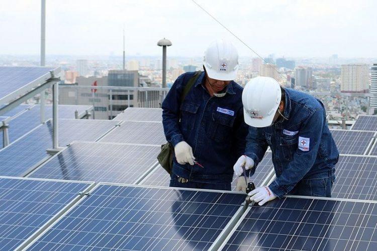 Cách lắp tấm pin năng lượng mặt trời hoạt động tốt nhất
